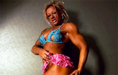 Sexy muscular Goddess flexing her strong hard muscles from wonderful katie morgan